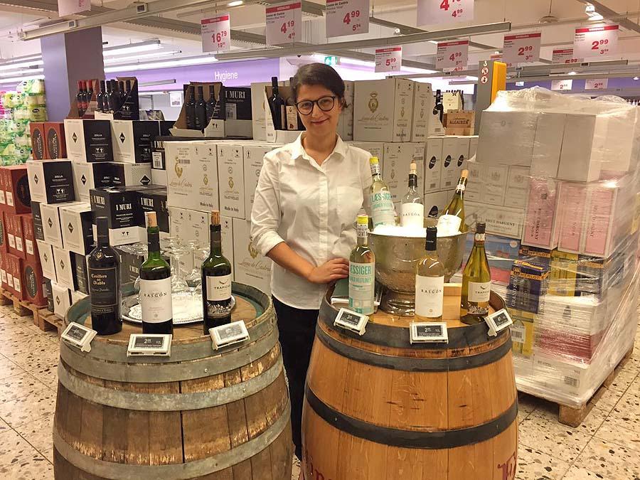 Verkostung und Verkauf von hochwertigem Sekt und Wein im LEH